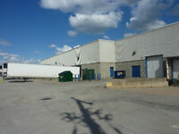 Entrepot a louer // Warehouse for rent - Laval