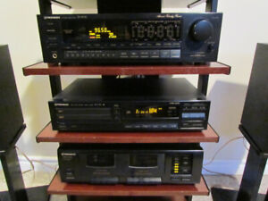 Pioneer Stereo System, Receiver, Turntable, CD Player, Speakers