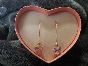 Wire Heart Drop Earrings in Heart Box - pink or clear