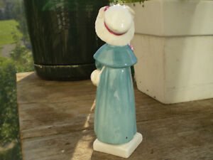 """Royal Doulton Figurine-"""" Carrie """" HN2800-Greenaway Collection Kitchener / Waterloo Kitchener Area image 3"""