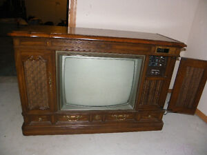 Cabinet style Zenith TV