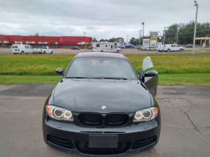 2009 Bmw 135i m package ; Navigation, M performance exhaust
