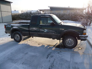 1998 Ford Ranger 4x4 (échange possible)