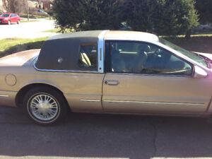 Classic 1996 Mercury Cougar