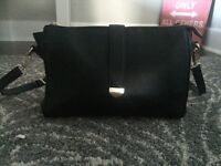 Forever 21 black leather purse