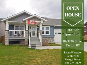 OPEN HOUSE - Family Home w/ Huge Garage in Taylor