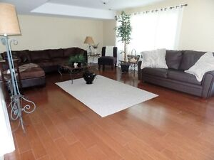 EXECUTIVE APARTMENT- 2 BEDROOMS, BROCKVILLE North