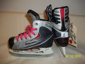 Youth Size 8 Skates (Bauer Vapor LTY)