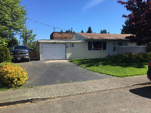 3 Bedroom Rancher in Puntledge Park Area