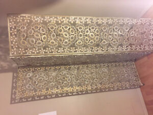 Beautiful, shiny and with seashells, room divider/folding screen