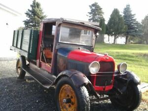 1928 FORD AA 1.5 Ton Truck