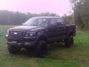2004 Ford F-150 SuperCrew Pickup Truck London Ontario image 1