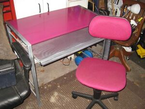 Matching Pink Desk and Chair for Sale
