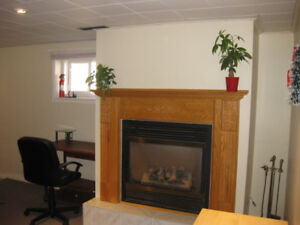 Clean Furnished Rooms (Quiet & Safe Neighborhood) -Near McMaster