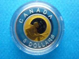 "ROYAL CANADIAN MINT SILVER & NIOBIUM COIN ""HUNTER"""
