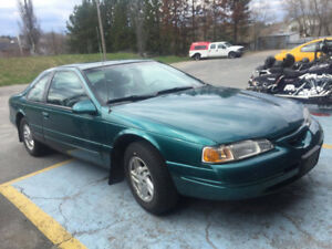 1996 Ford Thunderbird low kms*