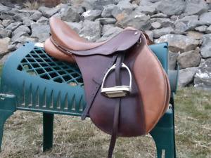 "17"" AP bates saddle"