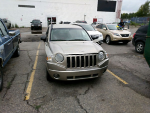 2009 Jeep Compass 4x4 - low km! Open to reasonable offers!