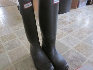 Chocolate Brown Hunter Boots