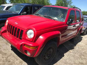 2002 Jeep Liberty *** FOR PARTS *** INSIDE & OUTSIDE***