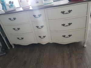 Antique hutch/dresser