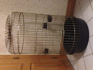 Large round bird cage / parrot cage