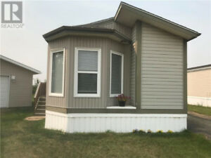 Mobile Home | 🏠 House for Sale in Edmonton | Kijiji Clifieds on miami mobile homes, interior double wide mobile homes, 2014 model mobile homes, twin lakes mobile homes, river birch mobile homes,