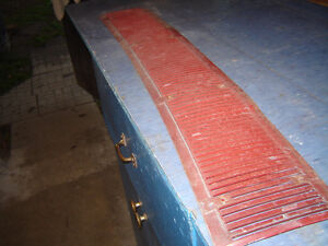 1967 1968 FORD THUNDERBIRD T BIRD REAR DECK LID VENT GRILL