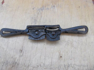 ANTIQUE SPOKESHAVE