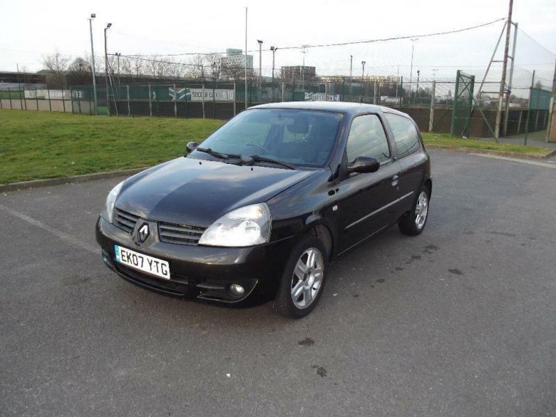 2007 renault clio 1 2 campus sport i music 3dr in ealing london gumtree. Black Bedroom Furniture Sets. Home Design Ideas
