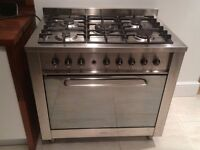 Indesit 90cm 5 burner oven free to collect. Recommend for parts, scrap or repair only.