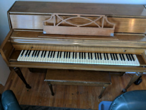 Henry Herbert Piano made by Mason and Risch
