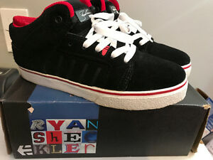 Etnies Sheckler 5 Fusions Skateboard Shoes (Black/Red/White)