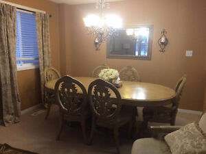 Beautiful light brown Dining table +chairs for sale