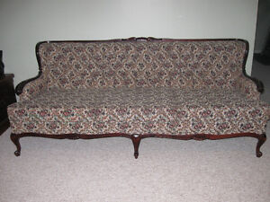 Vintage French Provincial Sofa and Chairs Peterborough Peterborough Area image 3
