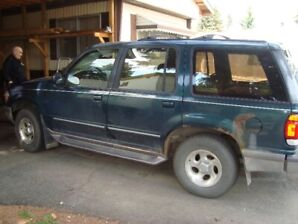 1996 FORD EXPLORER CONTROL TRACK 4X4 AUTOMATIC V-6  GOOD AS IS