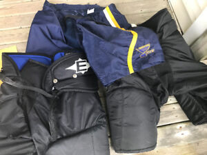 Kids hockey gear