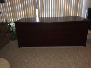 REDUCED IN PRICE MUST GO . Large Bow Fronted Desk. Kitchener / Waterloo Kitchener Area image 2