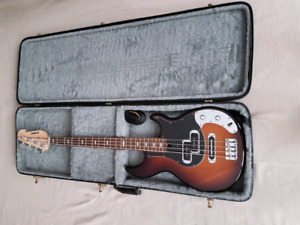 Yamaha BB424X Electric Bass $400