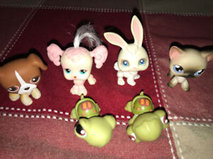 Littlest Pet Shop Pets, RED and GREY magnets