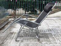 Foldable deck chair