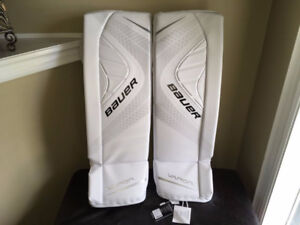 Brand New Bauer Vapor X900 Senior Goalie Pads Large
