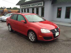 2010 Volkswagen Jetta Wolfsburg 2.0T 6 Speed MINT $8950
