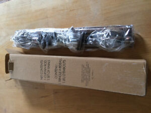 BRAND NEW *** curtain rod and set of FINIALS ***