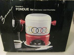 Fondue Set West Island Greater Montréal image 1