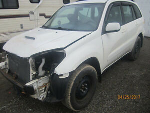 JUST ARRIVED FOR PARTS 2003 TOYOTA RAV4  @ PICNSAVE WOODSTOCK!