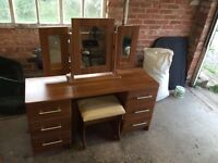 Star plan bedroom furniture/dressing table/chest drawers