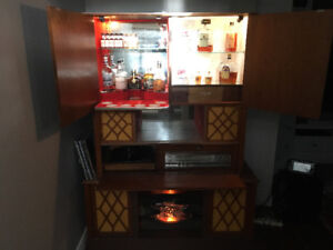 Retro stereo with bar!