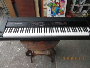 Roland RD 600 keyboard for parts