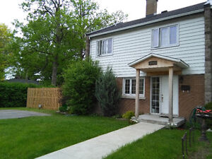 Furnished Room for Rent in Tudor Ave Pointe Claire, West Island